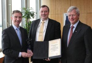 Ralf Schreiber erhält den Deutschen Schachpreis im NRW-Landtag